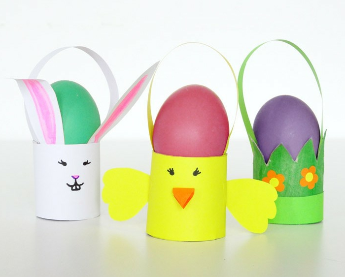 Deko zu Ostern, Küken, Osterhase und Eiständer, Basteln aus Klopapierrollen