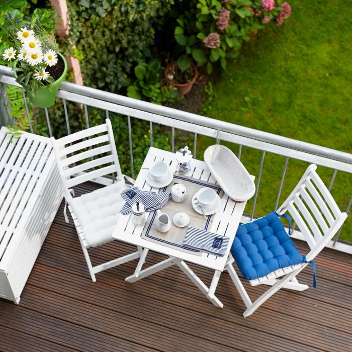 stilvolle gartenmöbel für balkon, lösungen für kleine balkone, haus mit balkon und garten