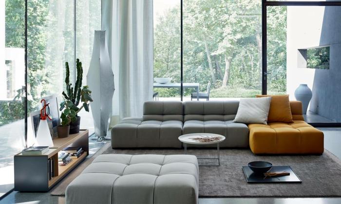 Ein Sessel In Grauer Und Brauner Farbe, Schöne Wohnzimmer, Grauer Teppich