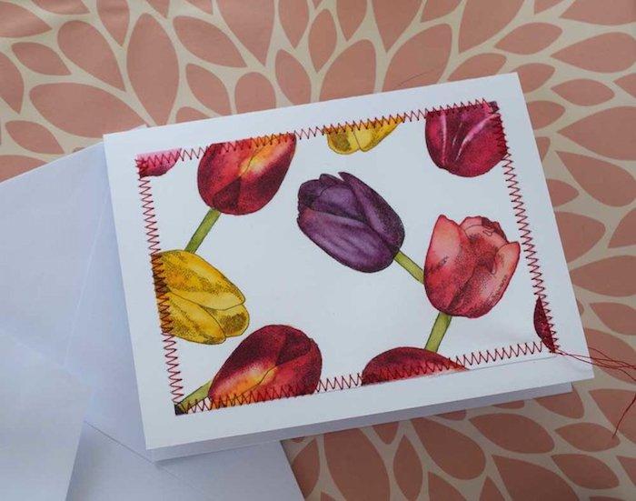 Glückwunschkarte selbst gestalten, mit bunten Tulpen, mit Faden dekoriert