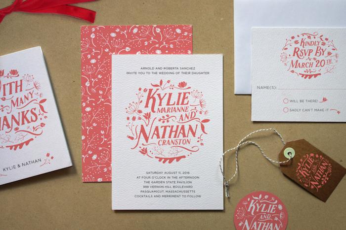 hochzeitskarten selber basteln, rotes papier mit weißem blumen muster, diy ideen für hochzeit