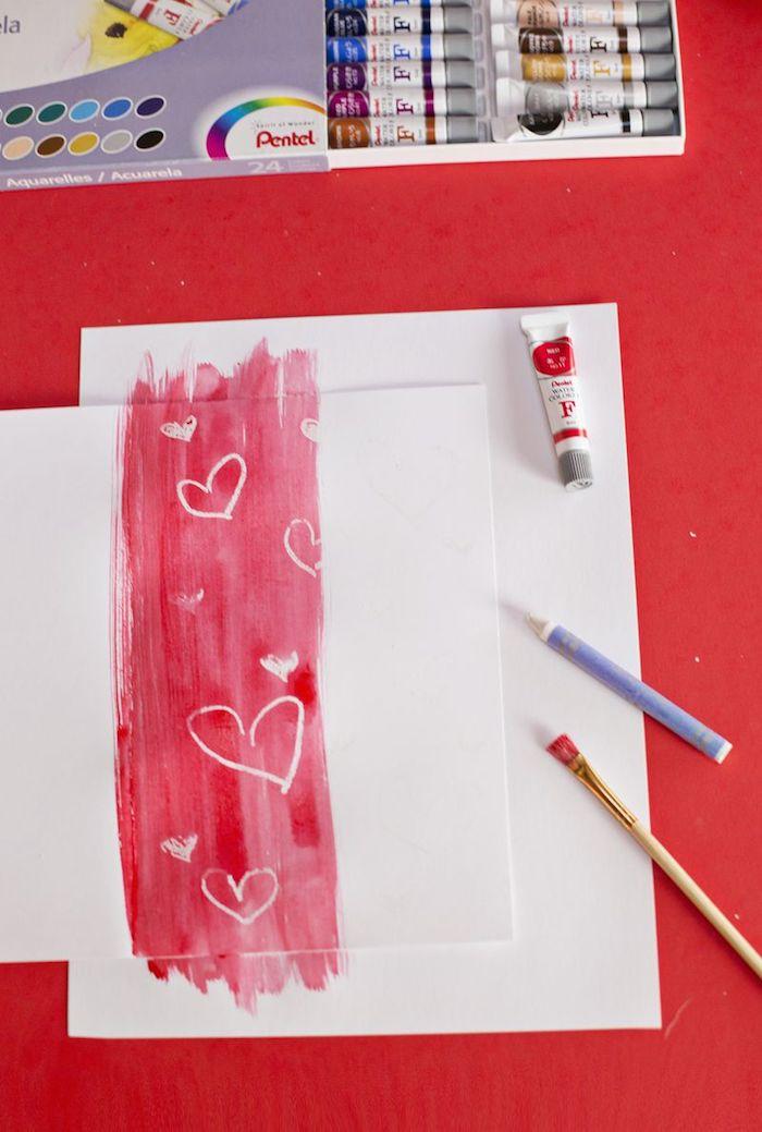 Karten mit Kindern basteln, coole Idee zum Nachmachen, mit Kerze und Wasserfarben zeichnen