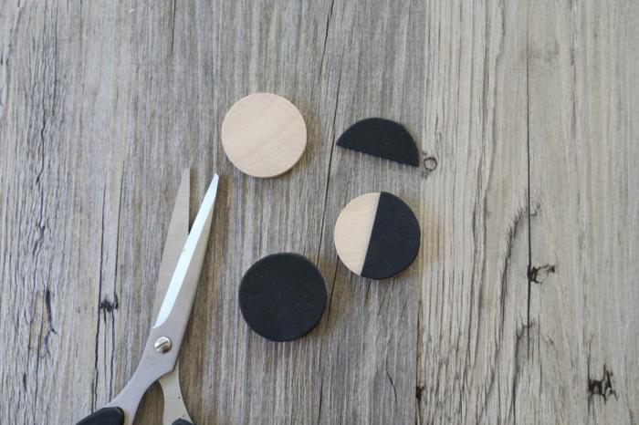 basteln Sie die Stempeln aus Holz und Papier, kleine Geschenktüten, Verzierung
