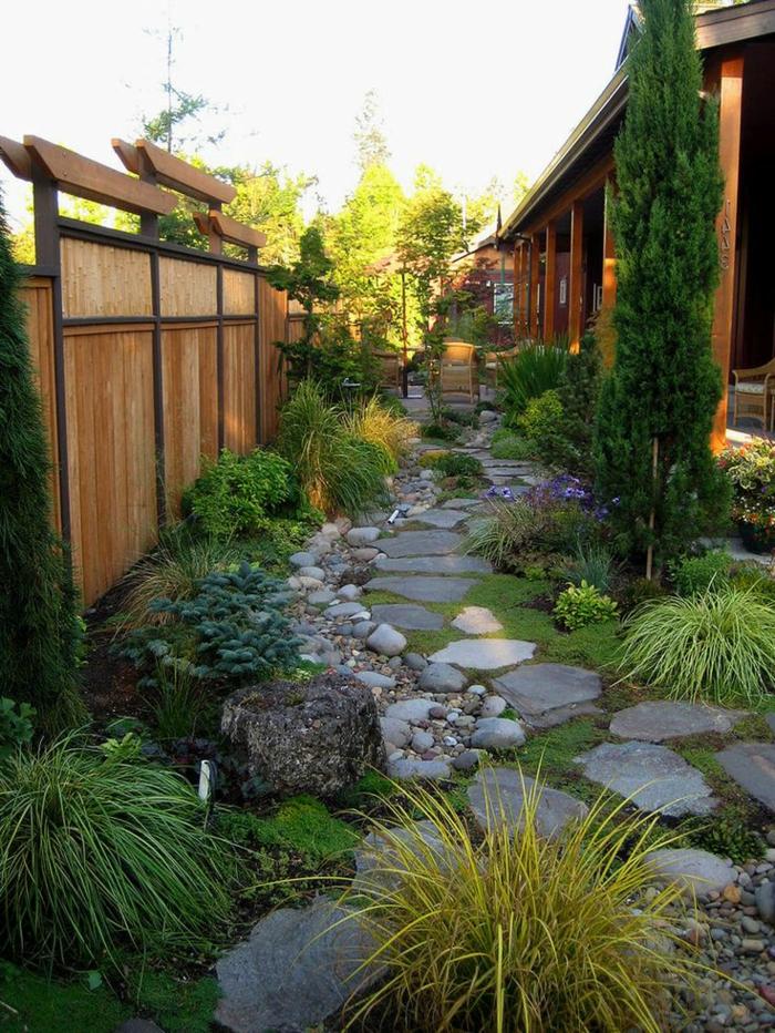 stein und grass im garten, landschaftspark design, schöne idee für den garten, deko zum nachmachen