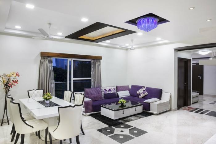 kleines Wohnzimmer einrichten, lila Wohnzimmermöbel, Wohnzimmergestaltung
