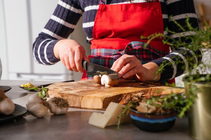 Rezept für Risotto mit gemischten Pilzen, Pilze blättrig schneiden, schnelle Mittagessen Ideen