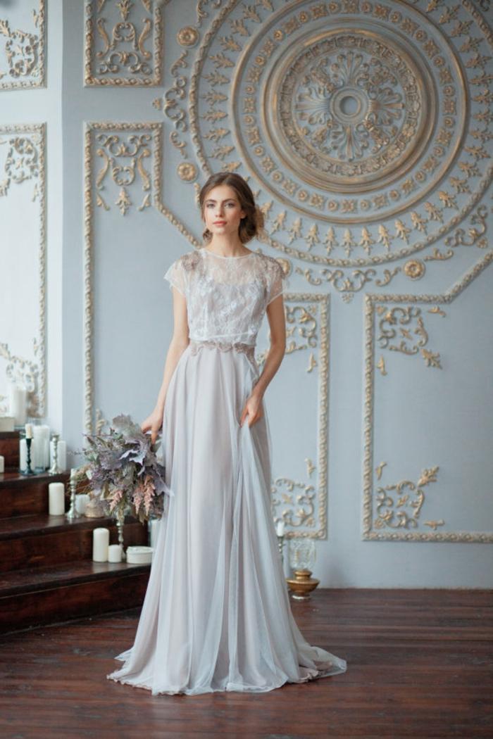 ein blaues Hochzeitskleid, Brautkleid vintage schlicht, aus zwei Teilen