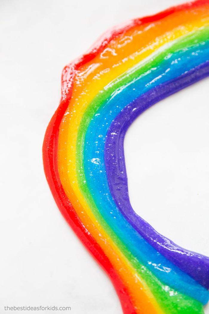 Regenbogen Schleim in sechs Farben, ohne Kleber selbstgemacht, mit Slime spielen