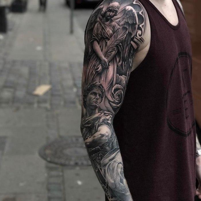 Tattoos am ganzen Arm, schwarze Tattoos, Ideen für Männer Tätowierungen