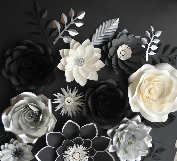 tischdeko 50 geburtstag, elegante deko in schwarz weiß und grau, kpnstliche blumen aus papier selber machen und sie färben
