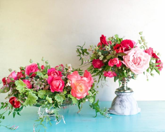 tischdeko 50 geburtstag, großzügig die vasen mit blumen vom garten füllen, schön, sommerdeko