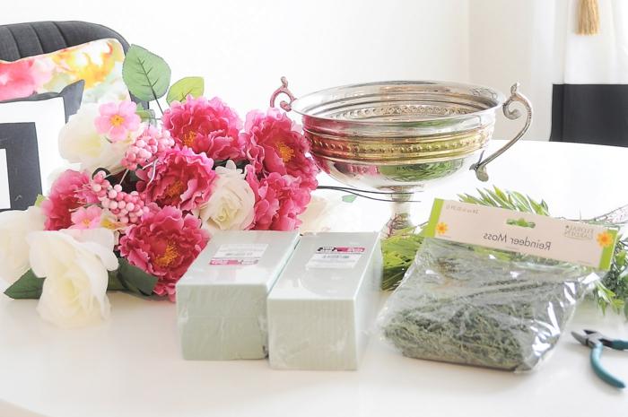 tischdeko blumen selber gestalten, schöne dekoration für jede jahreszeit, blumenarrangement