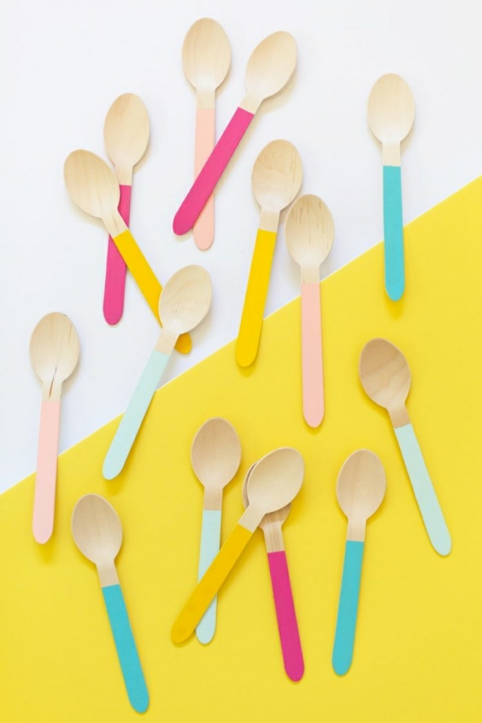 basteln mit kindern sommer ideen, löffel aus holz selber mit farbe gestalten, deko ideen