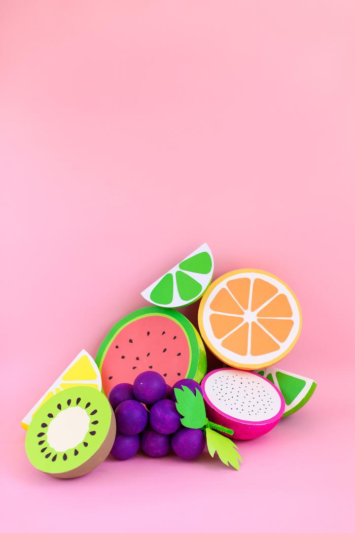 Früchte aus Styropor und Papier, schöne Tischdeko für Sommerpartys