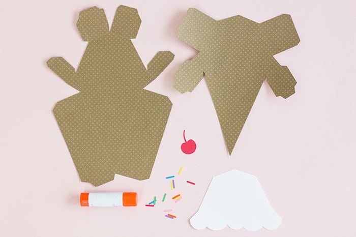 Eis Schachtel aus Tonkarton selber basteln, kreative und leichte Idee für DIY Geburtstagsgeschenk