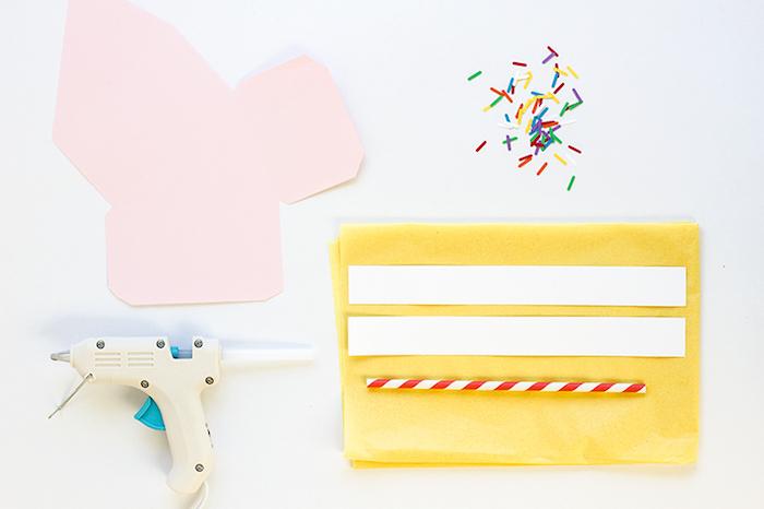 Kreative Idee für Geschenkverpackung, Schachtel aus Papier in Form von Tortenstück selber machen