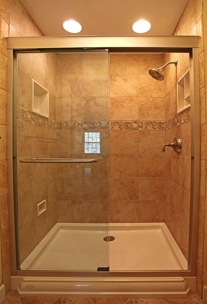 moderne Duschkabine quadratische Dusche, ein echter Klassiker