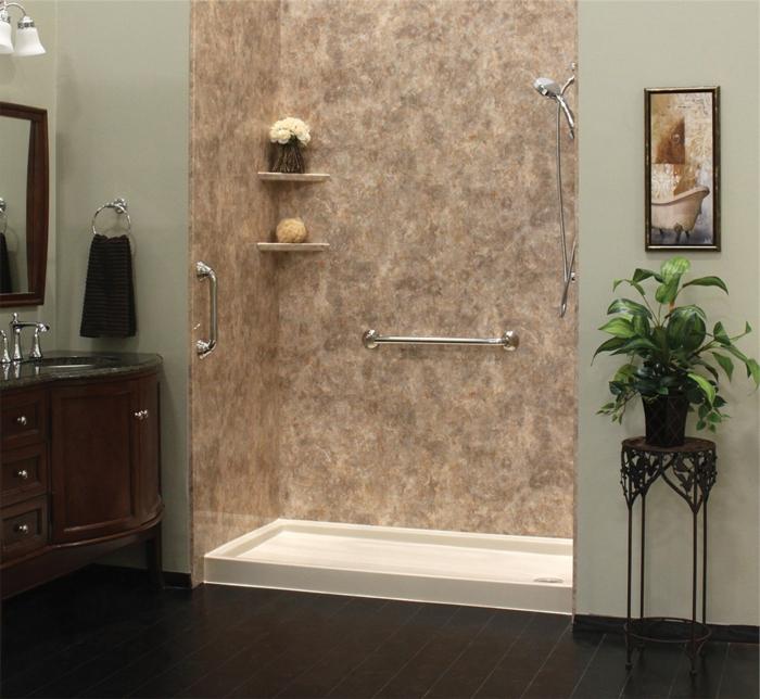 moderne Duschkabine, ein Marmor Duschkabine
