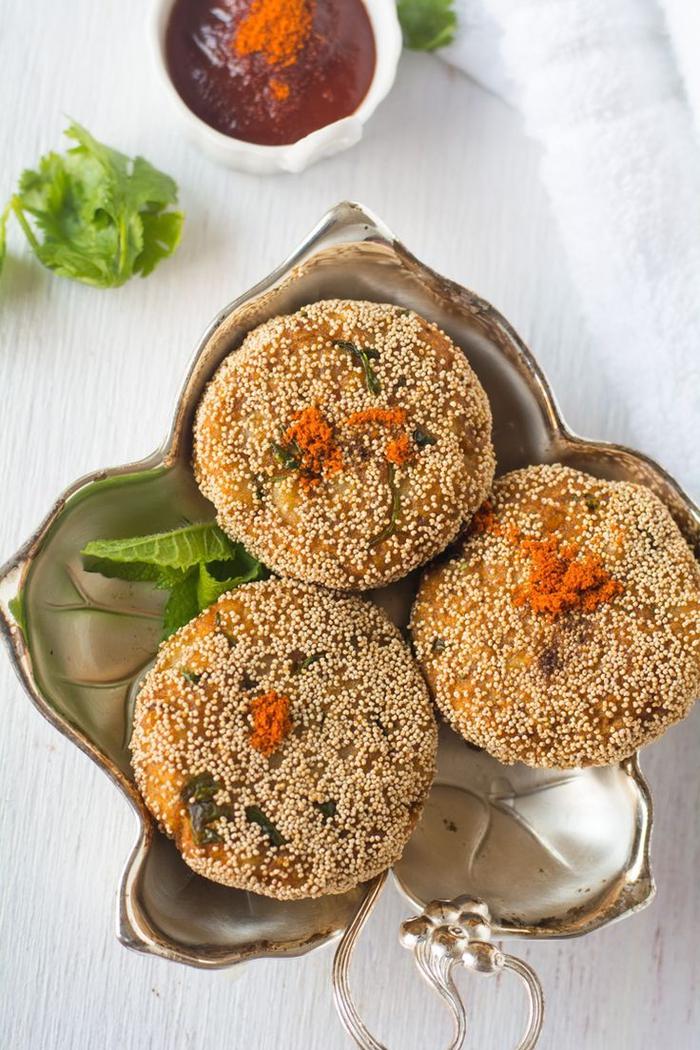 vorspeisen vegetarisch, kreatives essen selber machen, essen und genießen, ein teller in form von blatt