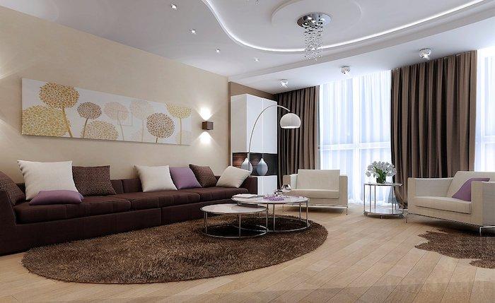wohnzimmer deko ideen, brauner runder flauschiger teppich, langes bild mit floramen motiv