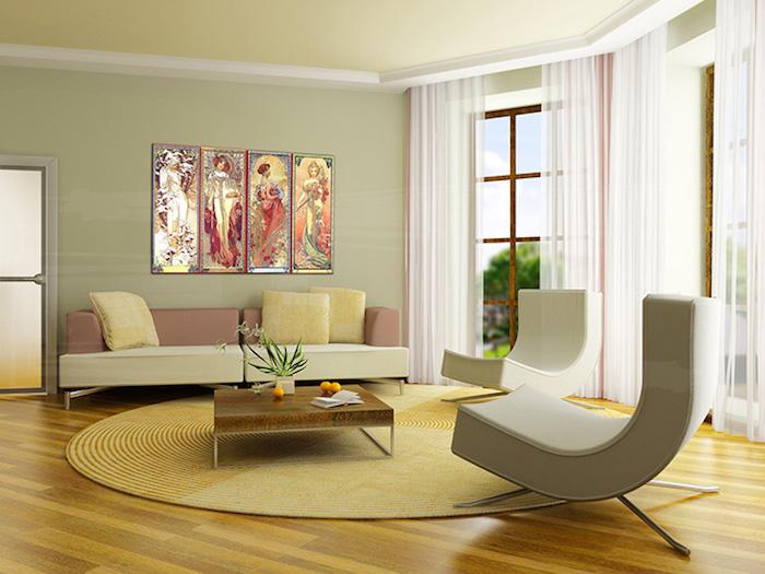 wohnzimmer ideen für kleine räume, runder teppich, weiße gardinen, große fenster, zwei sessel