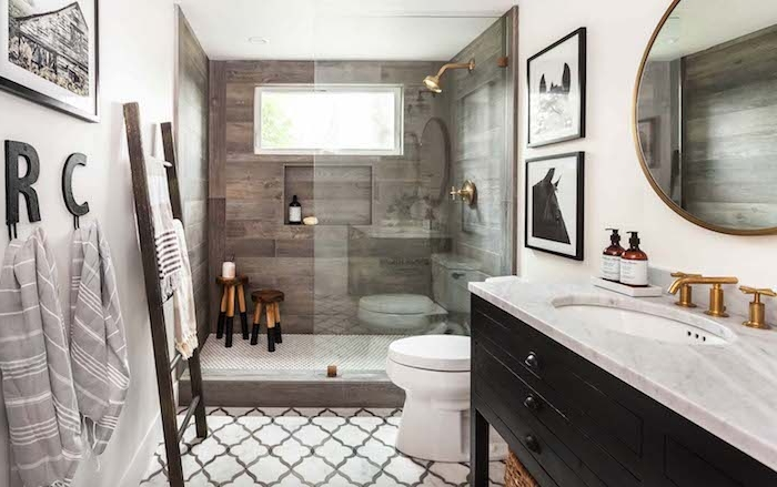 Entspannungsoase im eigenen Badezimmer, Holzoptik und helle Farbnuancen, Badmöbel Sets für mehr Komfort