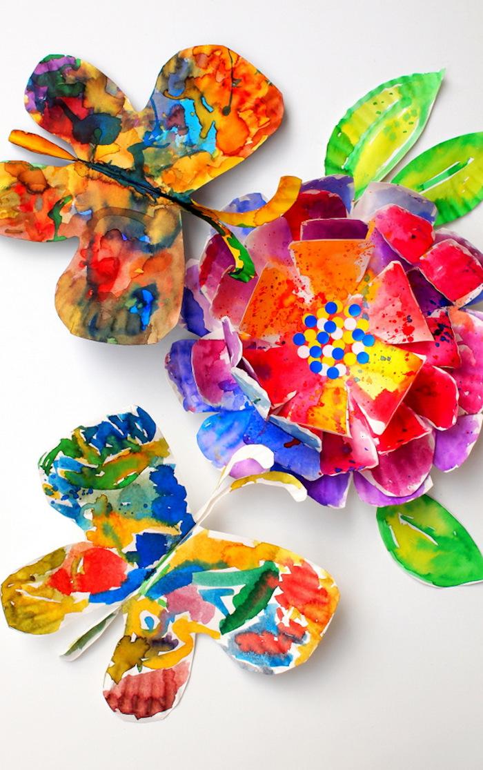 Lustige DIY Ideen für Kinder, Schmetterlinge aus Papier ausschneiden, mit Wasserfarben ausmalen