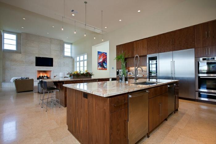 wohnraum und küche kombinieren, wohnzimmermöbel modern, kochinsel, großes zimmer