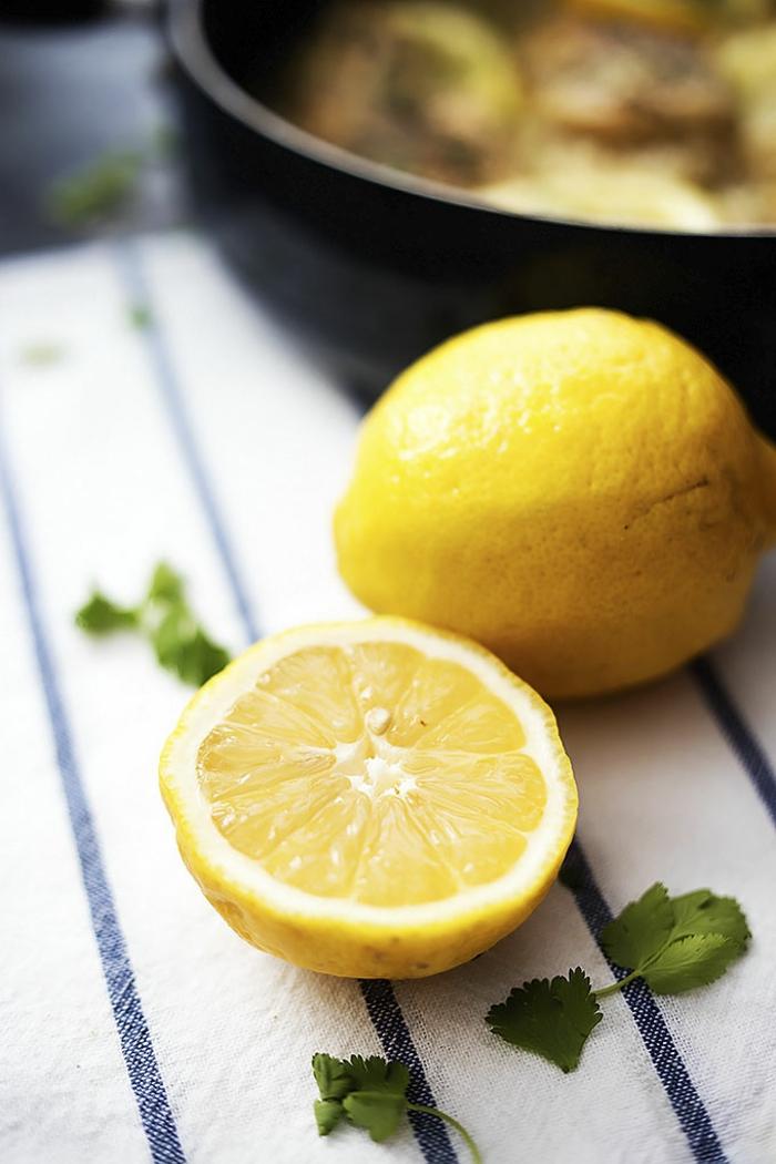eineinhalb Zitronen, Zutaten für ein gesundes Essen, Rezepte zum Abnehmen