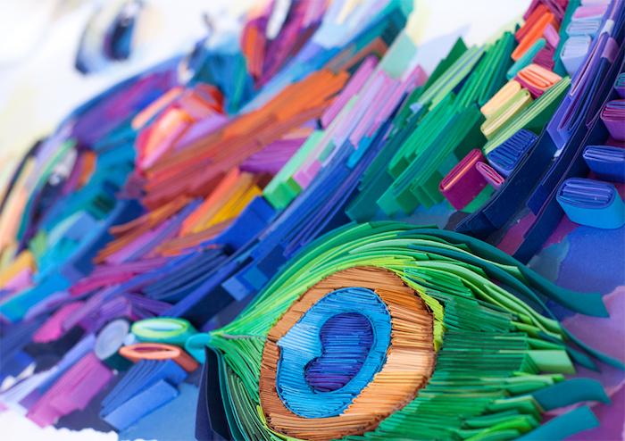 quilling bild mit einem blauen mann aus vielen langen gefalteten quilling papierstreifen, quilling anleitung, basteln mitr papier ideen