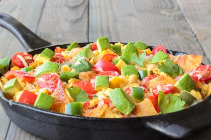 ein bunter Eintopf, Avocado, Zuccini, Karotten, Kirschtomaten, gesunde Ernährung Rezepte