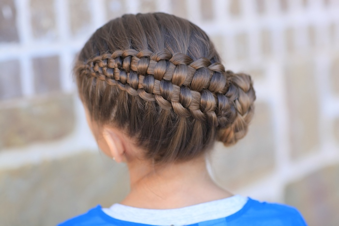 Simple And Beautiful Hairstyles For Girls To Imitate