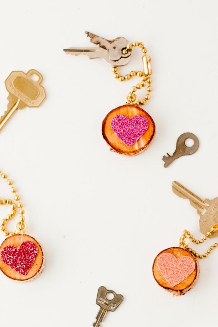 niedliche Schlüsselanhänger mit Herzen, Schlüsselband selber machen