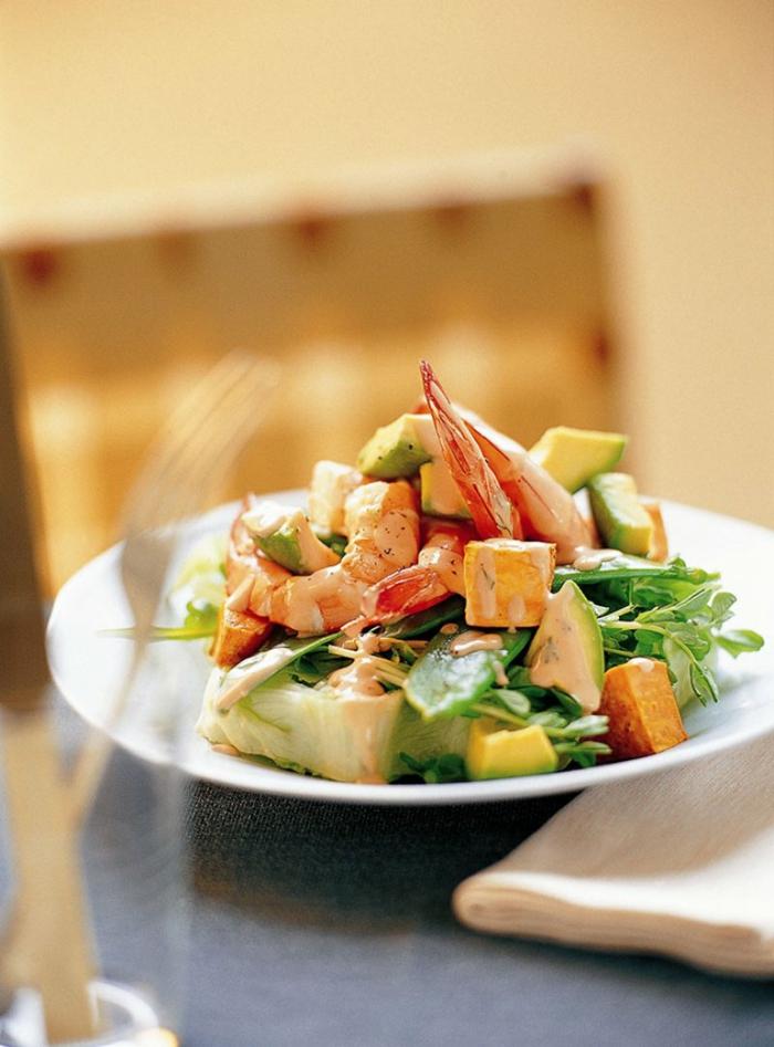 leckere Kombination aus Fisch, Avocado und Mango, Avocado Rezept