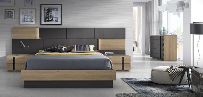 grau wand im schlafzimmer, bilder über dem bett, bettwäsche in grau und gelb