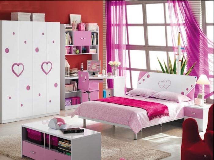 jugendzimmer für mädchen, möbel set in weiß mit rosa herzen, großer kleiderschrank