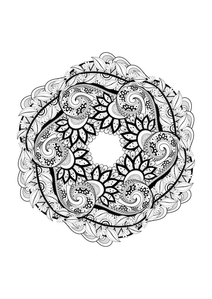 mandalas zum ausdrucken, dicke und dünne schwarze linien, viele blumenranken, seckeck