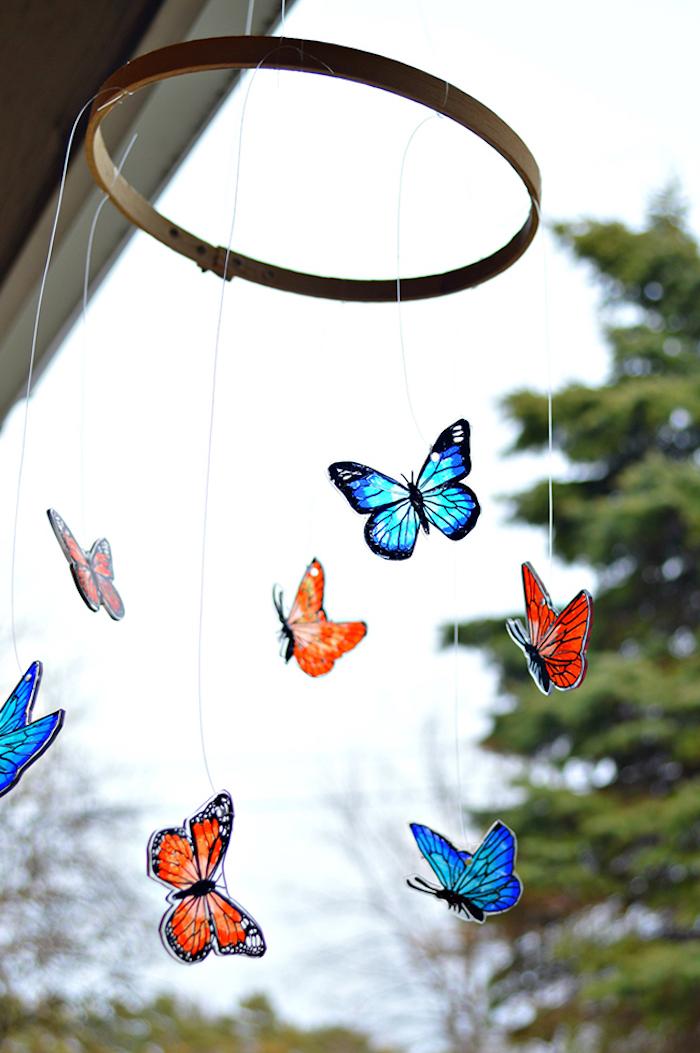 Bunte Schmetterlinge, schöne Deko für Zuhause selber machen, sommerliche Stimmung