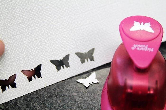 Kleine Schmetterlinge ausschneiden, Anhänger für Halskette selber machen