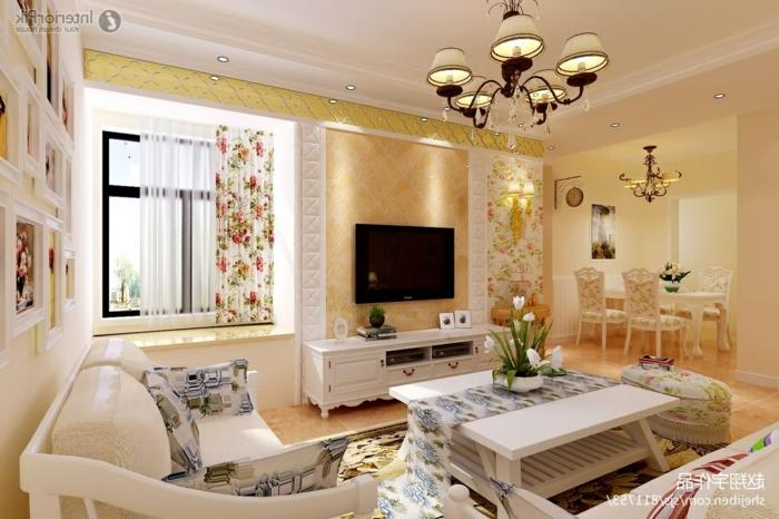 wohnzimmermöbel landhausstil design und deko ideen in hellen farben, großer fernseher schwarz und gelb und weiß deko