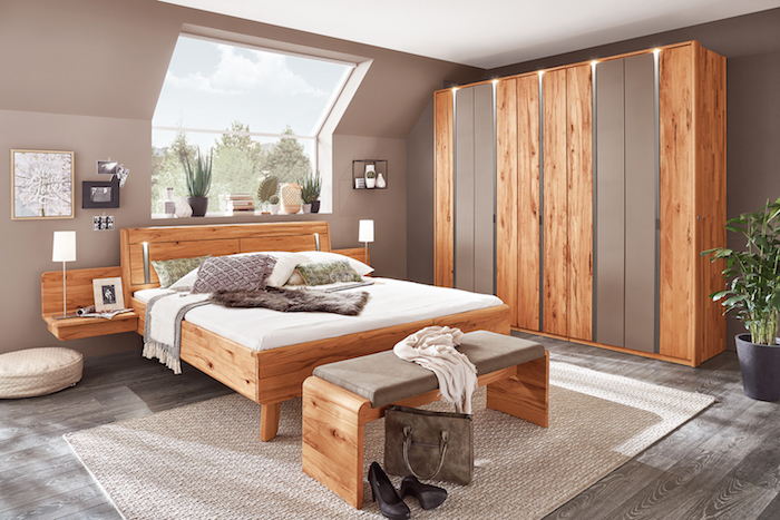 Massives Holz Und Reduzierte Einrichtung Für Das Schlafzimmer