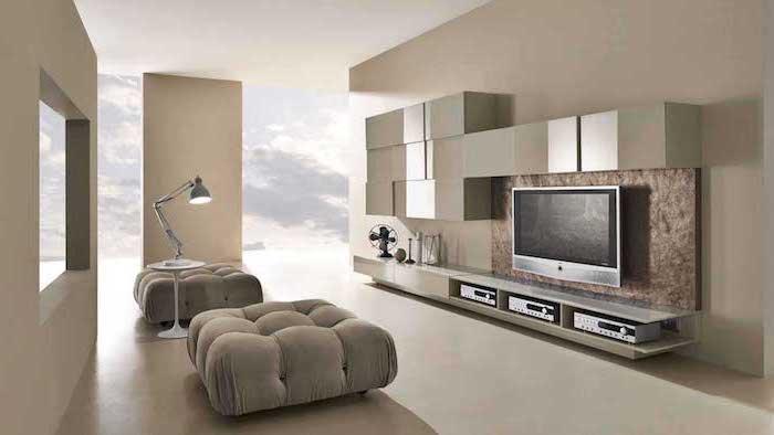 designer wohnzimmer ideen beige und hellbraun, fernsehwand, deko ideen lampe stehlampe, wolken deko an der wand