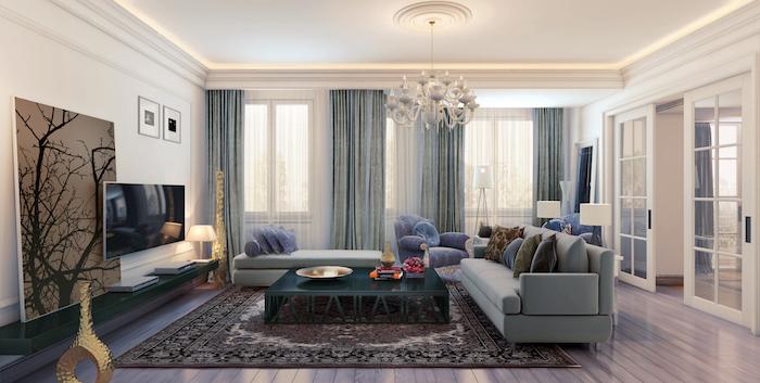 stilvolles wohnzimmer einrichten ideen, blau und lila, dekor ideen, teppich persisch, graue vorhänge