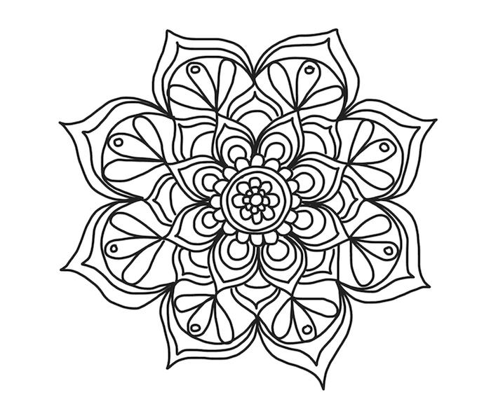 ein bild mit einer großen weißen mandala blume mit weißen blättern, mandala zum ausdrucken für erwachsene
