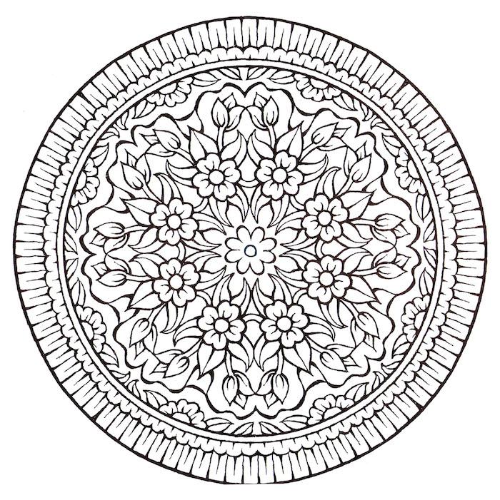 großer weißer madala kreis mit vielen kleinen weißen mandala blumen und blättern, mandala zum ausdrucken für erwachsene