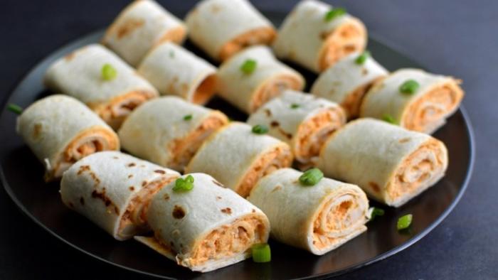 fingerfood kalt, vegan tortillas, rollen mit gemüse, party rezepte zum nachmachen, eifnach