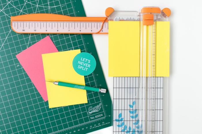 Messen Sie genau, wie groß Ihre Karte sein soll, besonders die Teile, die Sie zusammenkleben, Geschenke verpacken