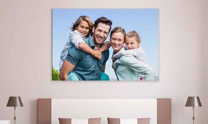 fotoleinwand idee für die ganze familie, zu viert foto machen, mama, papa und die zwei kinder