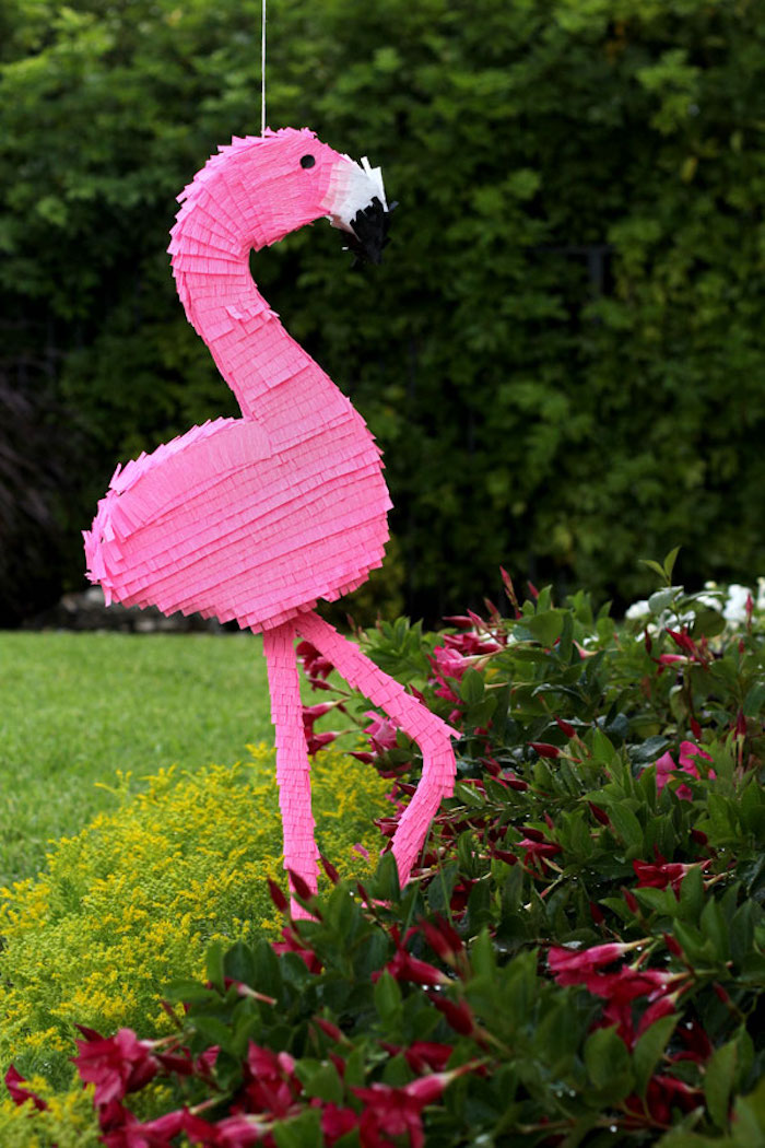 Flamingo Pinata für Kindergeburtstag im Garten, lustige Spiele für Kinderpartys