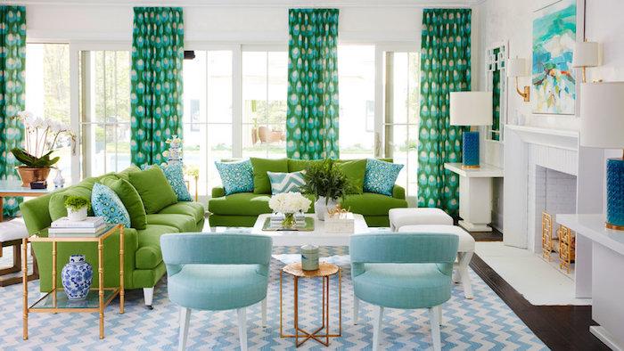 komplementärfarbe grün, bunte vorhänge, gellblaue sessel, einrichtung mit maritimem flair